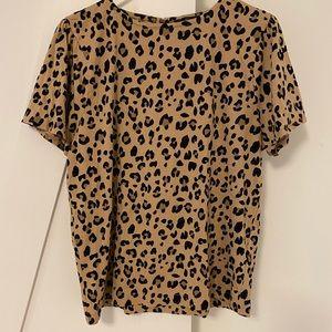 J crew 🐆 print t shirt